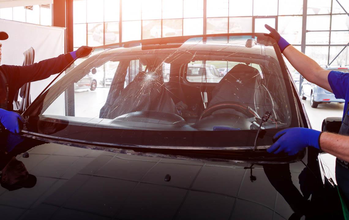 sostituzione parabrezza auto